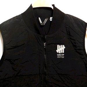 NWOT. Undefeated black lightweight vest